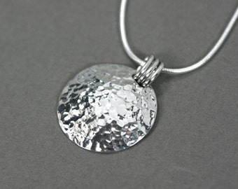 Hammered silver disc necklace, Sterling silver necklace, Simple disc hammered silver necklace, Sterling silver disc hammered necklace