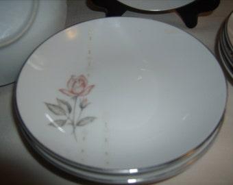 8 HARA Fine Cina JAPAN WINDSOR Rose Berry Dessert Bowls White Gray Pimk
