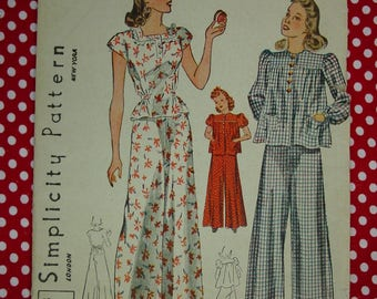 Vintage Pattern c.1940's Simplicity No.3422 Girls Pajamas, Size 8, Breast 26 Uncut