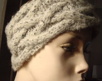 headband and mittens with twisted silver way