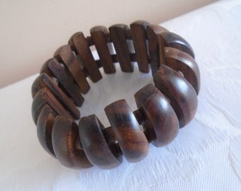 wooden gate effect elasticated bracelet