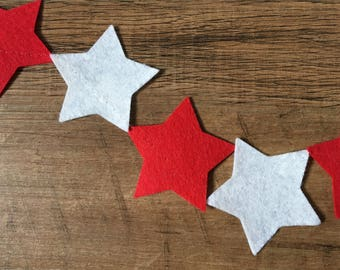 Felt star Christmas garland in red and white (1.2m)