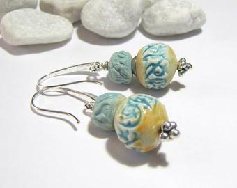 Earrings arabesques ceramic artisan beads turquoise lace eggshell