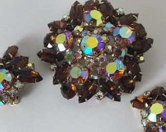 Vintage Amber Prong Set Rhinestone Demi Parure Brooch Clip On Earrings Aurora Borealis Tiered