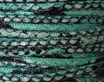 Lanière cuir,rond,5mm,imitation peau serpent,turquoise et noir,avec couture,vendu par 20 cm