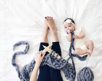 Baby Mezzo Blanket DIY Kit. Medium Stitch Chunky Blanket — 25''x35''