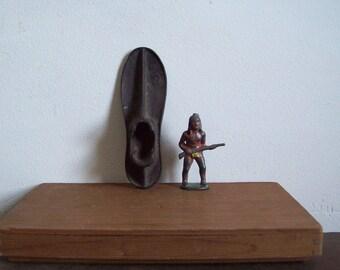 Antique cast iron shoe form childs shoe form cobblers shoe form paperweight door stop primitive decor