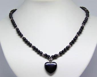 Necklace hematite with pendant
