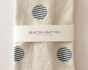 Stripe Circle Towel : Natural Ivory Ground - Navy Blue/White Print
