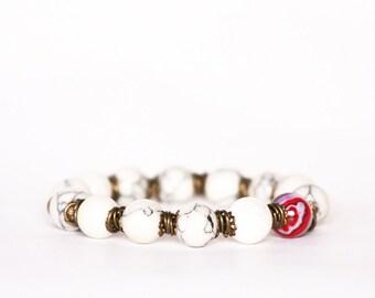 Howlite Bracelet, Agate Bracelet, Gemstones Bracelet, Brass Bracelet, White Bracelet, Stretch Bracelet, Summer Bracelet, Gift for women