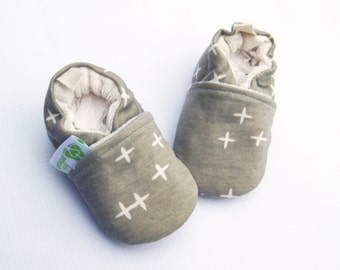 Organic Knits Plus Stars in Grey / All Fabric Soft Sole Baby Shoes / Made to Order / Babies