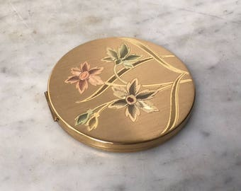 Vintage Elgin American Gold Tone Compact with Etched Pastel Flowers // Floral Art Deco // Makeup Pocket Mirror Powder Puff Purse Accessory