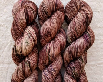 Hot Cocoa - variegated lightly speckled sock yarn on FAUNUS 80/20 BFL/nylon sock - ready to ship