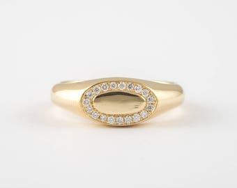 0.09ct signet diamond ring