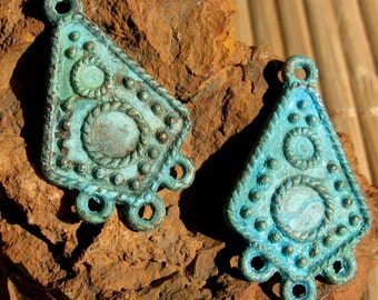 earring chandelier , TRIBAL drop connectors , VERDIGRIS patina 2 pcs