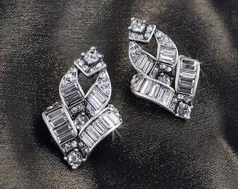 Baguette Earrings, Art Deco Earrings, Wedding Earrings, Crystal Earrings, Silver Earrings, Vintage Style Earrings, Bridal Jewelry E763