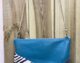 Removable leather shoulder bag