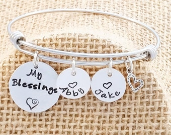 Mom Bangle Bracelet - Grandma Bangle Bracelet - Expandible Bangle - Personalized Bangle Bracelet - Custom Bracelet - Charm Bracelet