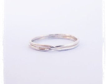 Small Twisted Silver Ring