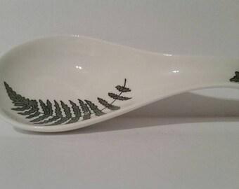 Delicate handpainted Fern on a wonderful porcelain spoon rest