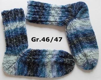thick hand-knitted socks, Gr. 46/47 (EU),  blue