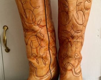 Sexy knee high vintage Cowgirl boots size 6 1/2