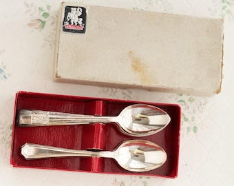 Art Deco Spoons - EPNS Silver Plated Boxed - Antique De Montford - Set of 11 in Original Box