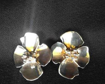 Dogwood sterling silver clip earrings