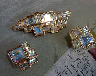 Swan Signed SWAROVSKI Geometric Aurora Borealis Crystal Brooch and Clip Back Earrings set   OCA47