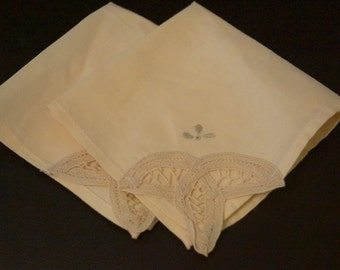 Vintage Napkins.  Set of 2