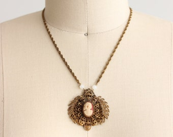 Vintage Magdalena Cameo Chain Necklace