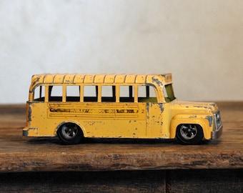 Hubley School Bus - Vintage 60s Diecast Toy