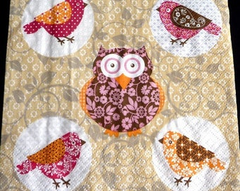 Birds and owls paper towel
