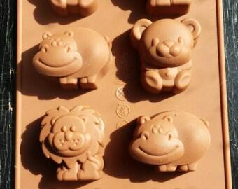 Animal silicone mold - circus mold - safari mold - fondant mold - gum-paste mold - cake mold - polymer clay mold - resin mold - 010-001