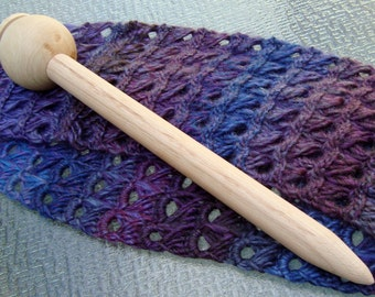 Broomstick Lace Pin / Tool From Chetnanigans