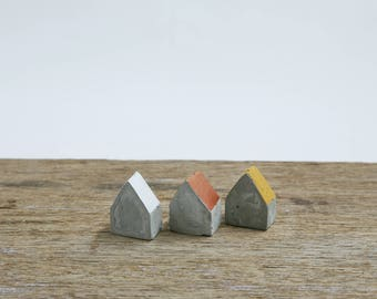Set of 3 cute little cement houses