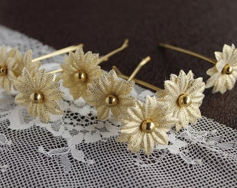 Gold Flower Hair Pins, Small Bridal Clips, Wedding Hair Pins, Gold Hair Pins, Bridal Hair Pins, Bridesmaid Hair Pins, Bridal Bobby Pins