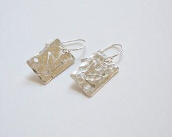 Sterling Silver Queen Anne Earrings / Sterling Silver Jewelry