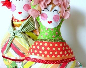 Russian doll MINA small model cushion
