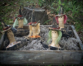 Primitive  Halloween Witch Ornies
