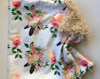 BOHO FLORAL >> baby boy blanket, baby girl blanket, soft cuddle blanket, minky blanket, stroller blanket, faux fur blanket, pla