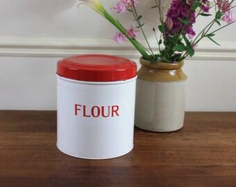 Flour Canister / kitchen canister / vintage canister / retro canister / kitchen decor / vintage kitchen / country kitchen / retro kitchen