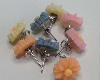 Crysanthemum flower earrings