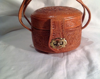 1950s  SMALL / Child's /Brown Leather Tooled Mexcian Handbag / Purse