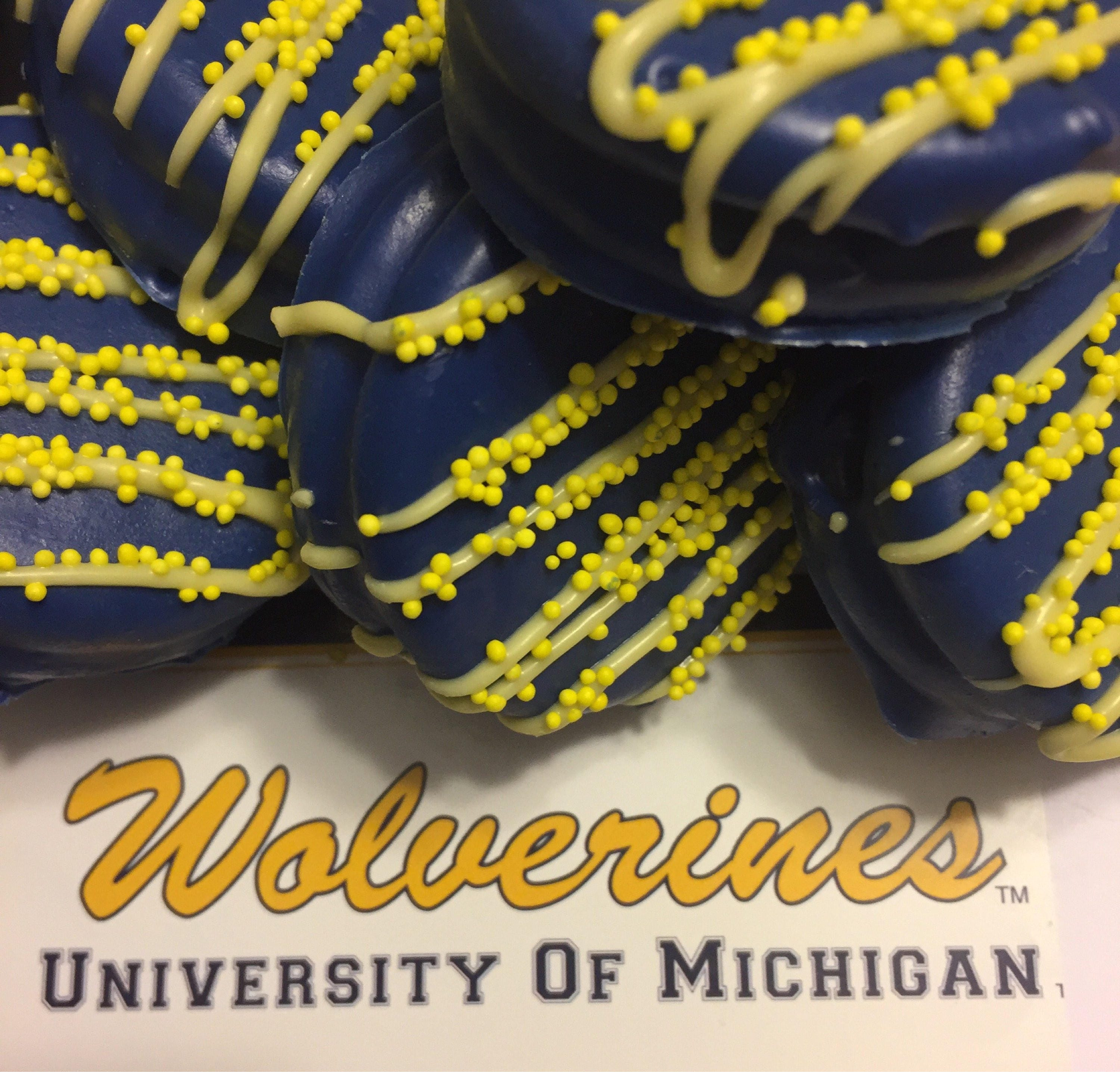 University of Michigan Chocolate Covered Dipped Oreos U of M