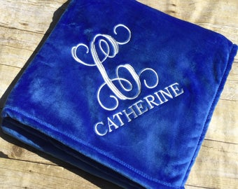 Personalized Embroidered Plush Throw Blanket /Wedding/Anniversary/Graduation/ Bright Colors / Perfect for Teens and Kids.