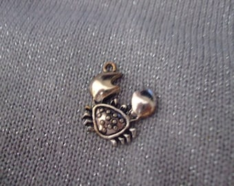 20 mm x 20 mm antique silver crab charm or pendant