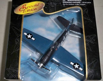 Vintage Collectible Maisto WWII Model Airplane