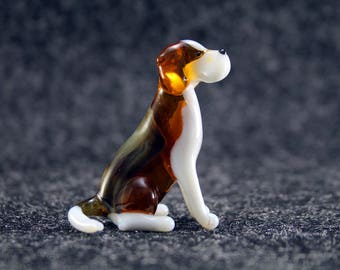 Color Glass Beagle Figurine.Dog Figurine Glass.Figure miniature.glass lampwork.glass dog sculpture.dog figurine.beagle art(x11-2)