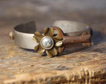 Key To My Heart Antique Bracelet